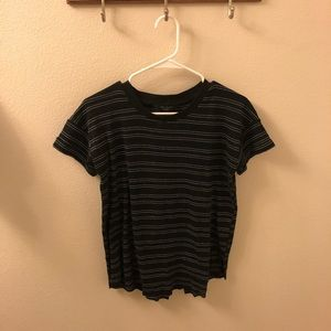 Cute Short Sleeve Tee w/ black & white stripes